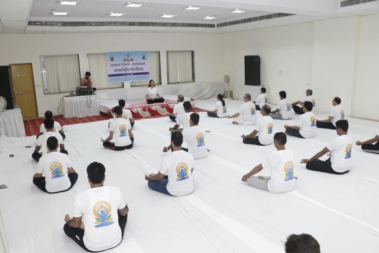 Pratyaksh kar bhawan- yoga day