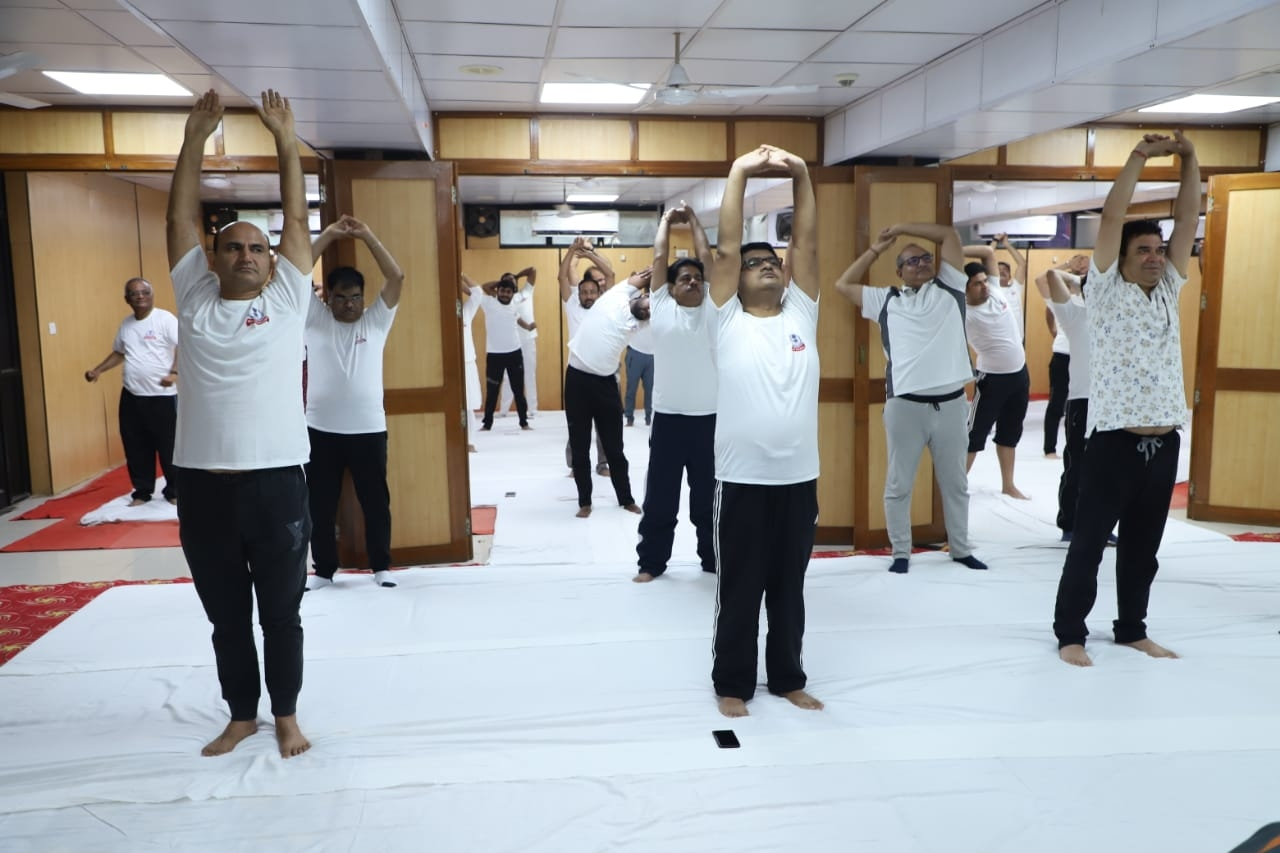 Aayakar bhawan, ashram road - yoga day2
