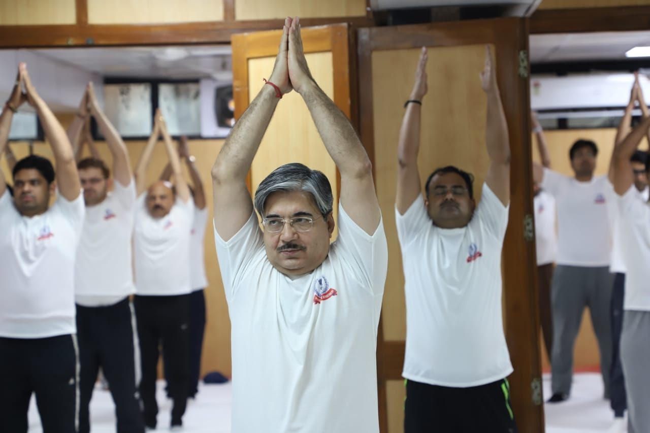 Aayakar bhawan, ashram road - yoga day5